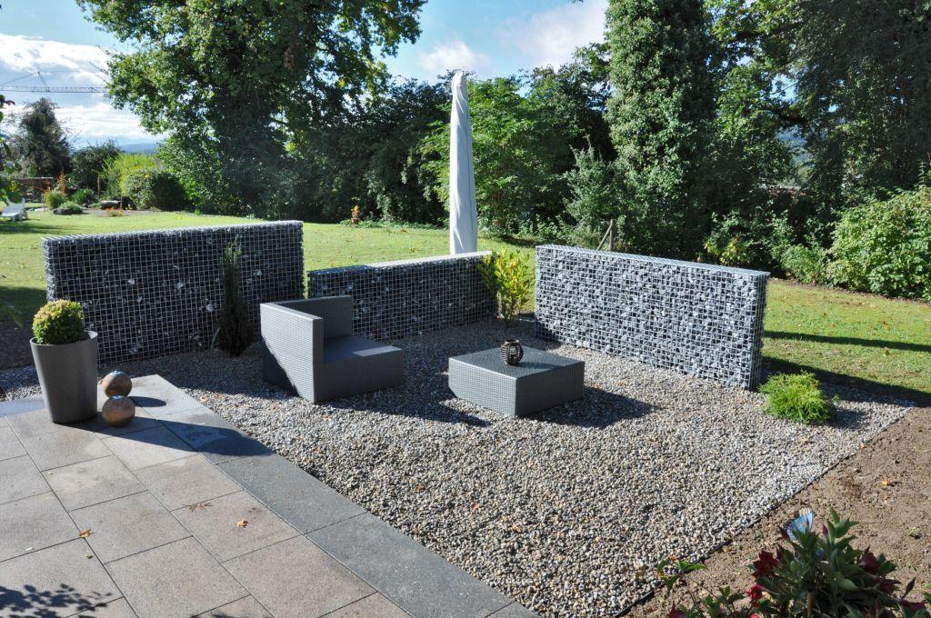 Gartenmauern und sichtschutz von steiner h rlimann for Sichtschutz gartensitzplatz