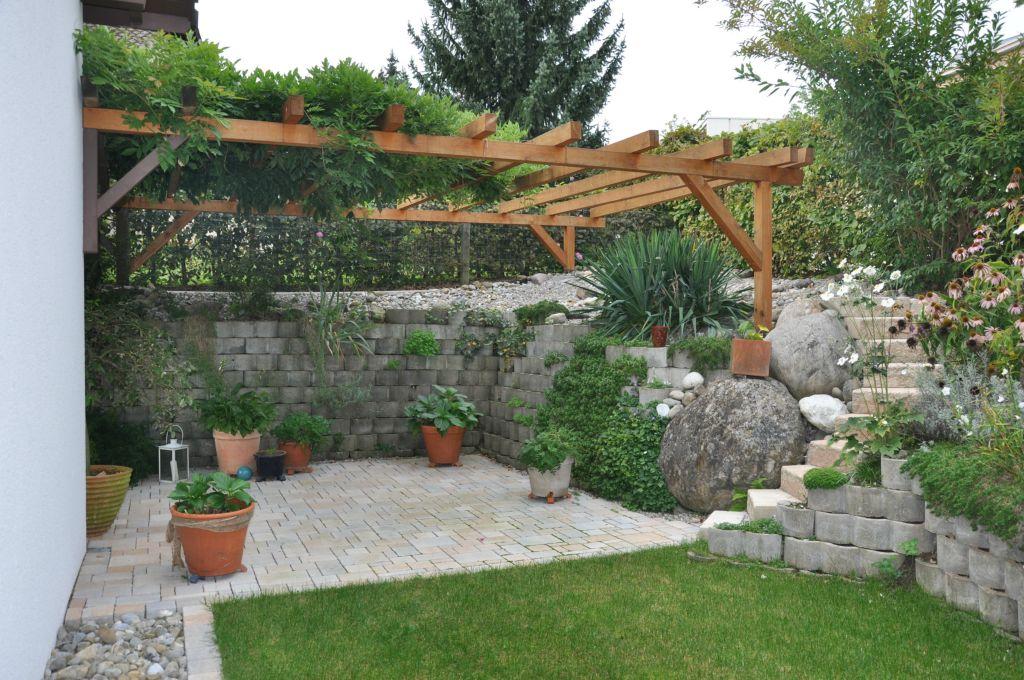 gartenmauern und sichtschutz von steiner h rlimann gartenbau freudwil uster. Black Bedroom Furniture Sets. Home Design Ideas